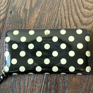 Kate Spade ZIP-Around Wallet
